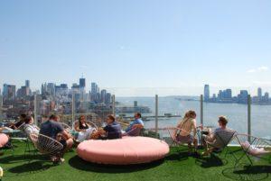 Espectaculares Vistas De Nueva York Desde La Terraza De Un