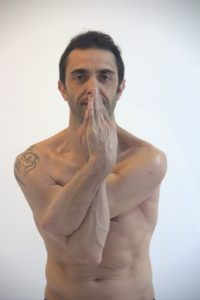 Damian. Profesor Bikram Yoga