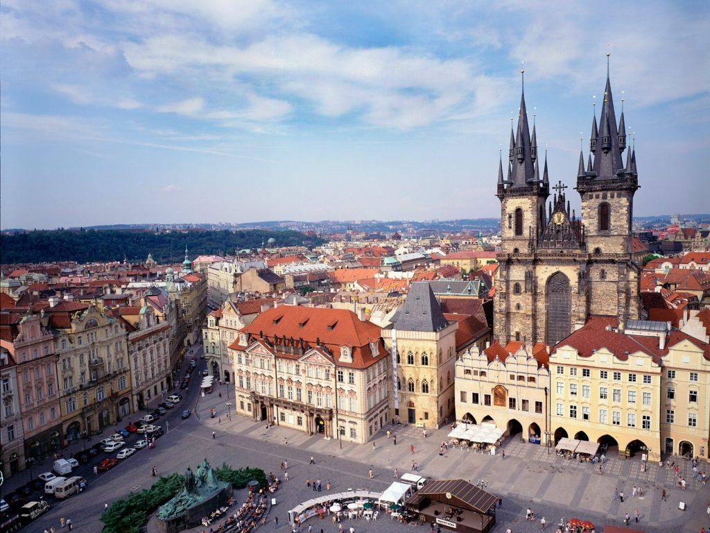 Old_Town_Square_and_Tyn_Church_Prague_Czech_Republic