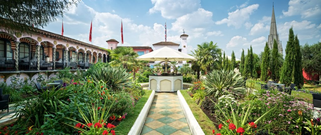 Roof-Gardens-3