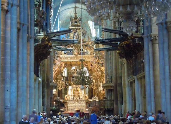 Santiago-de-Compostela-retablo-Cathedral-Galicia
