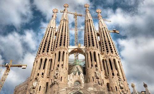 sagrada-familia-las-torres-500x306