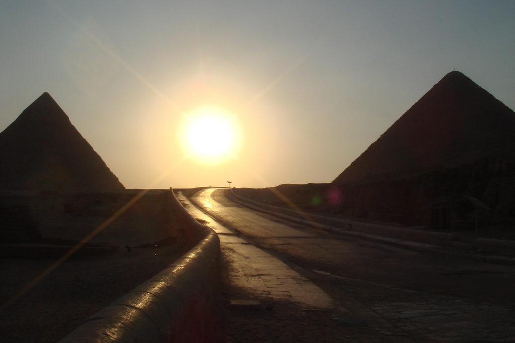 mito piramides