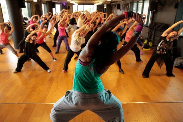zumba bailar y bajar calorias