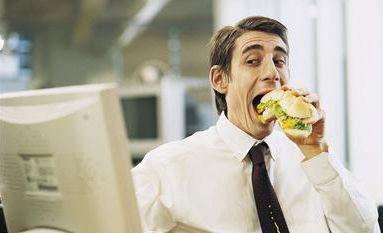 comer trabajando
