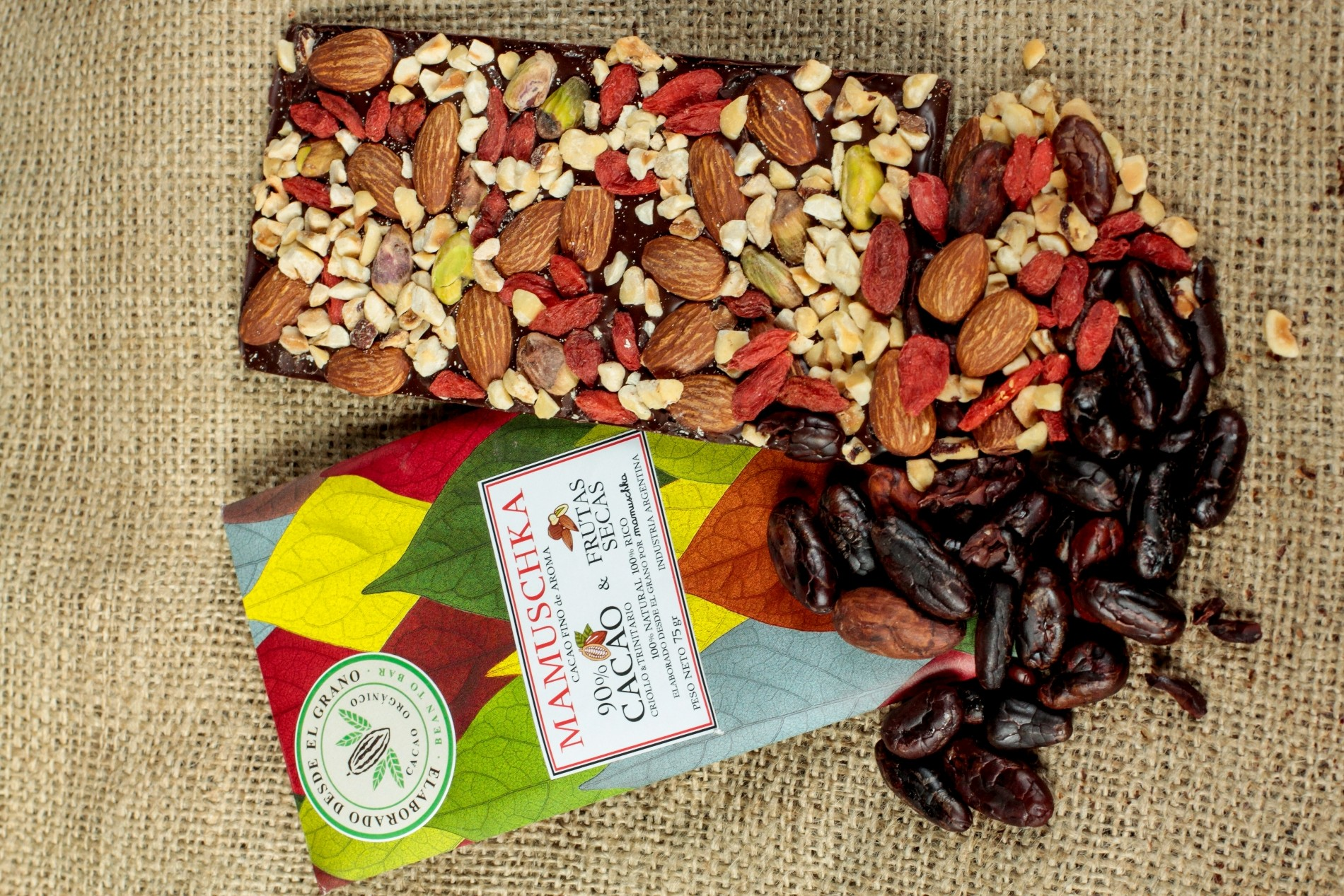 90 cacao y frutas
