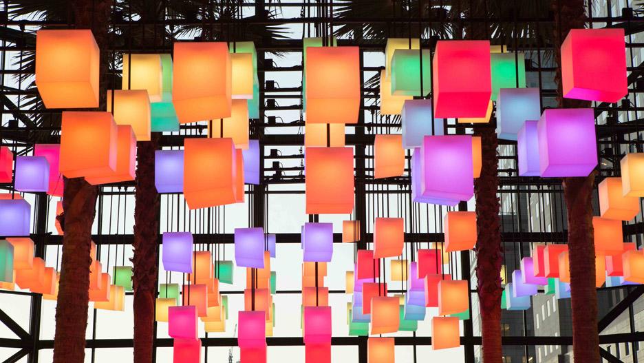 Luminaries_LAB_Rockwell-Group_Winter-Garden-Holiday-Installation_Brookfield-place_Manhattan_New-York-City_USA_dezeen_936_12