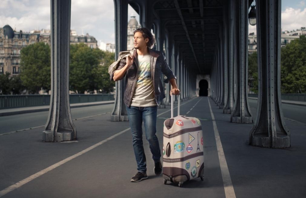 las-fundas-bibelib-conectan-y-aseguran-las-maletas-25259