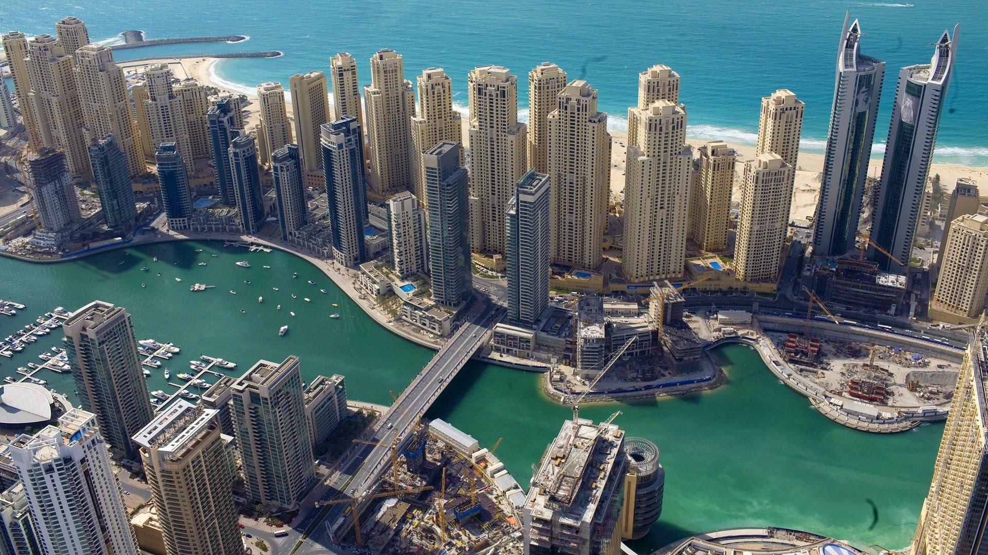 Dubai un video espectacular de la ciudad m s exc ntrica for Espectaculo de dubai fashland
