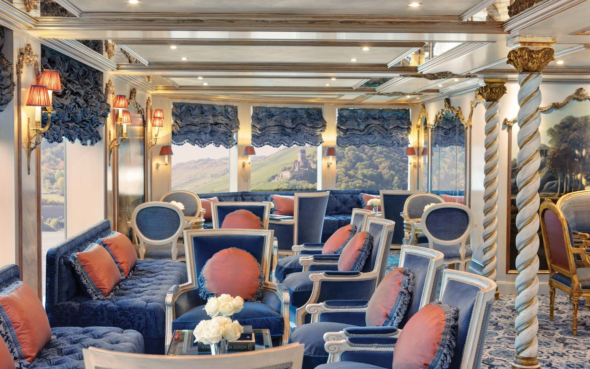 uniworld-maria-theresa-Lounge-07600-ship-slideshow
