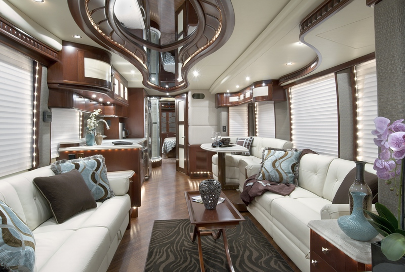 Conoc el interior del motorhome m s lujoso del mundo for Million dollar motor coaches