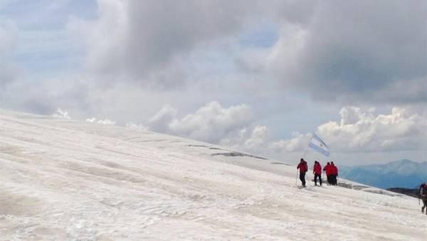 Primera-expedicion-argentina-Polo-Norte_CLAIMA20160328_0046_28