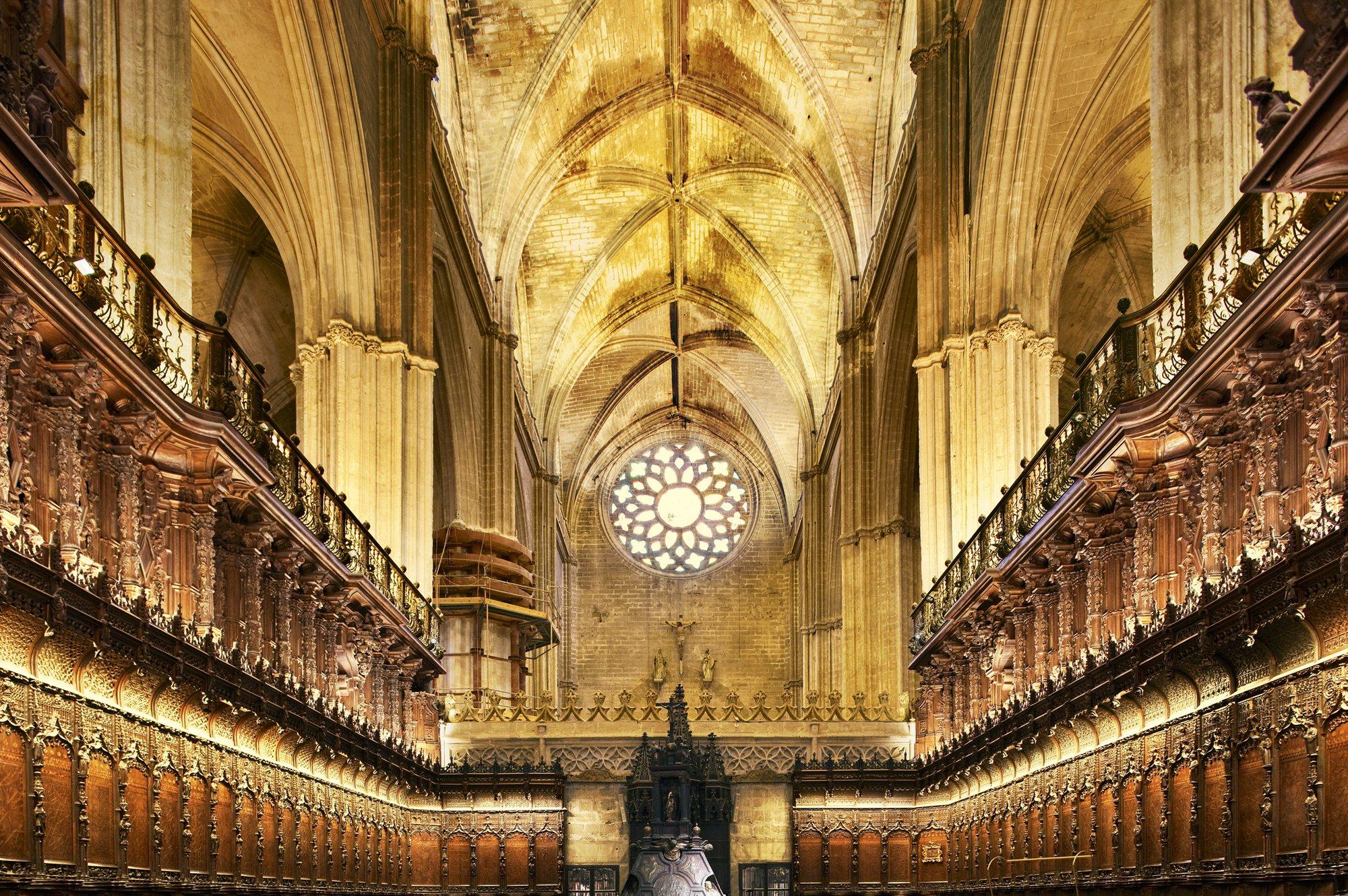 M gica sevilla maravilloso video que muestra esta joya for Exterior catedral de sevilla