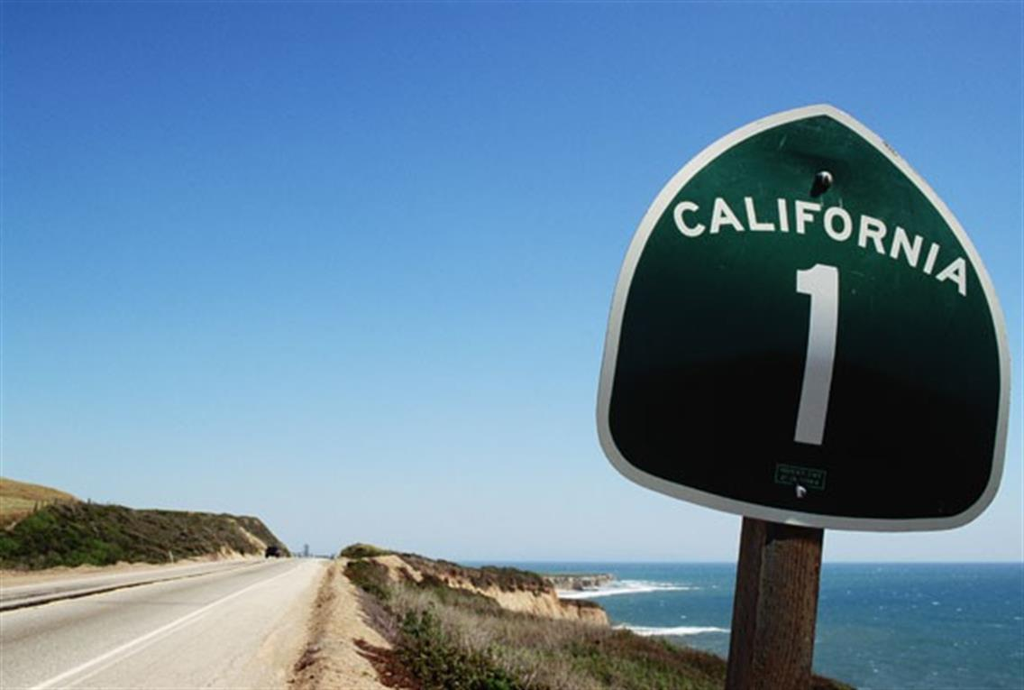 en auto por la costa oeste