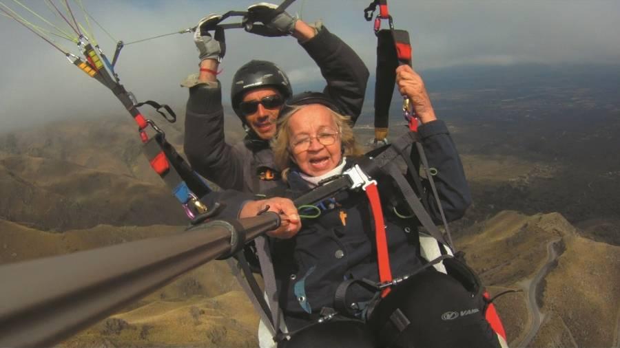 Volar en parapente a los 76 años