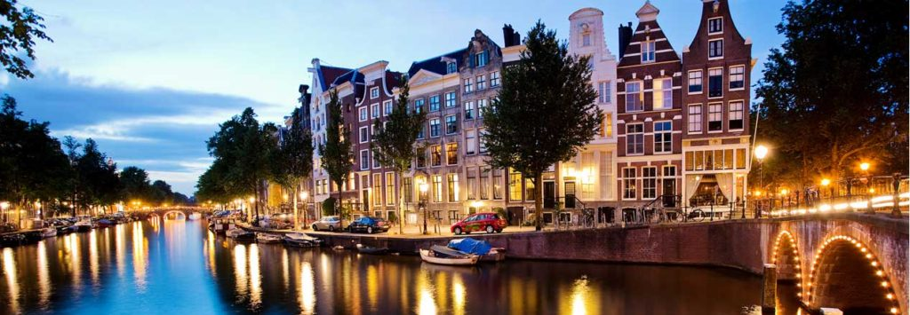 HEADER_Canal_by_night_HOME