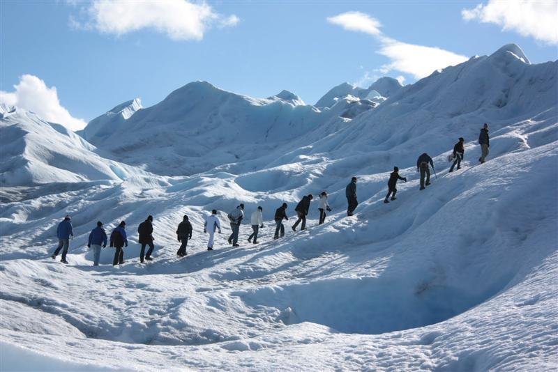 Big-Ice-sobre-el-glaciar-Perito-Moreno