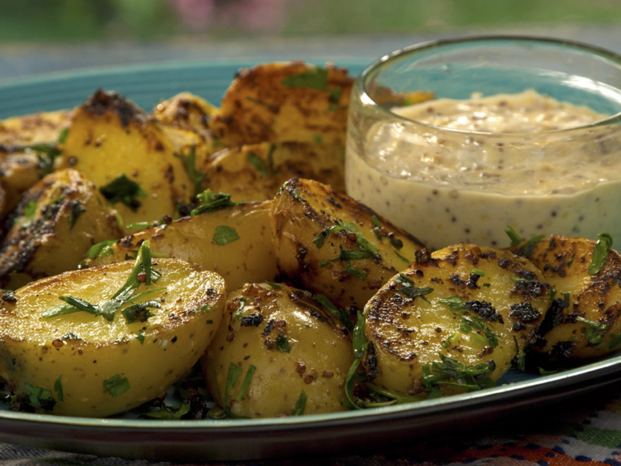 Mustard Aioli Grilled Potatoes with Fine Herbs 0001_QF0210_49640_1036-press