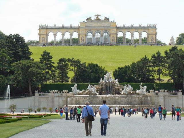 Palacio-Schonbrunn-02