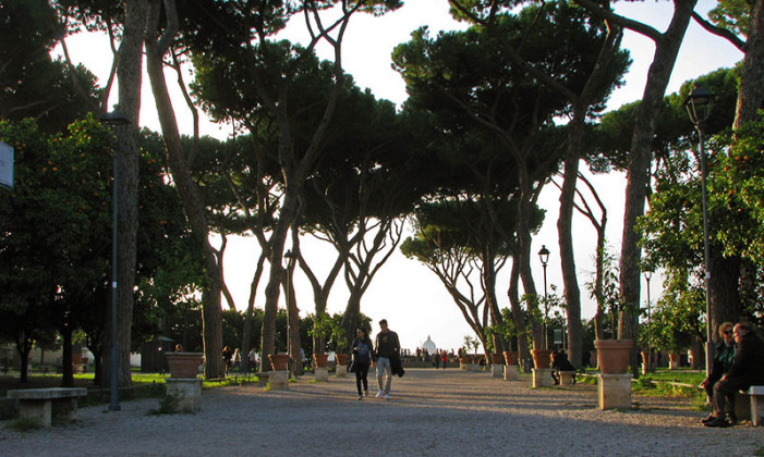 Plaza-de-los-caballeros-de-malta y jatrdin naranjos 4