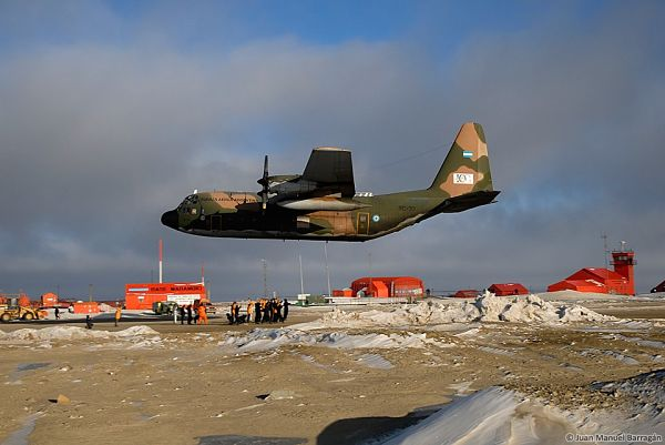 C-130 Hercules 01[1]_opt