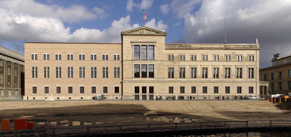 Fachada-del-Nuevo-Museo-de-Berlin