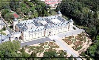 Palacio_del_Pardo_Madrid_opt