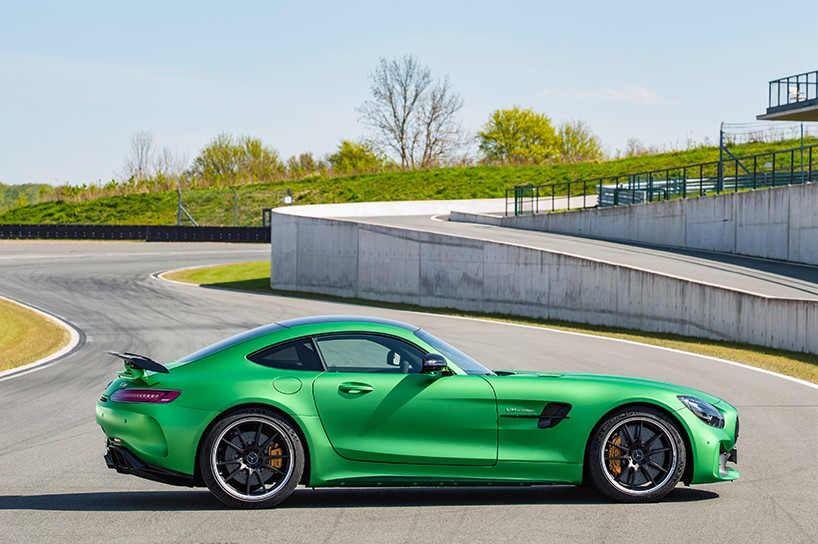 mercedes-amg-gt-r-green-hell-2