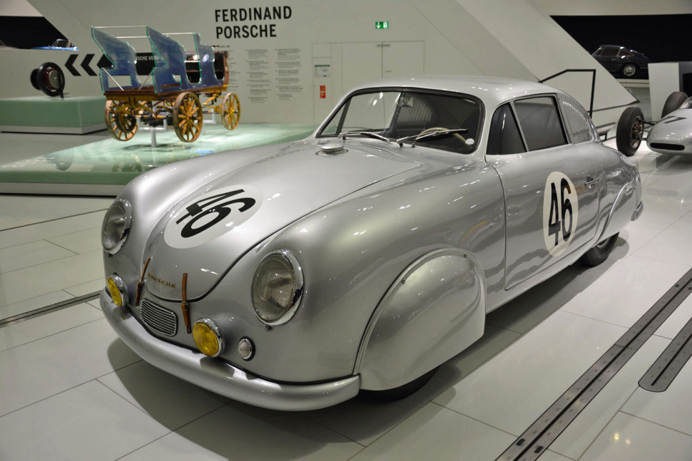 museum_porsche 3