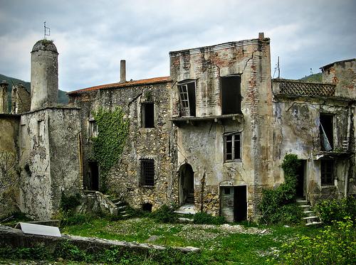 pueblos fantasma Balestrino 1