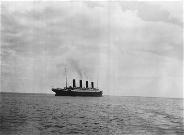 Última foto del Titanic hundido en 1912