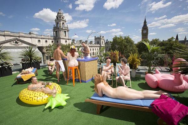 Londres Inauguran La Primera Terraza Nudista Buena Vibra