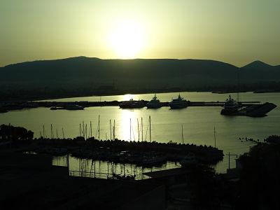 Atenas puerto amanecer