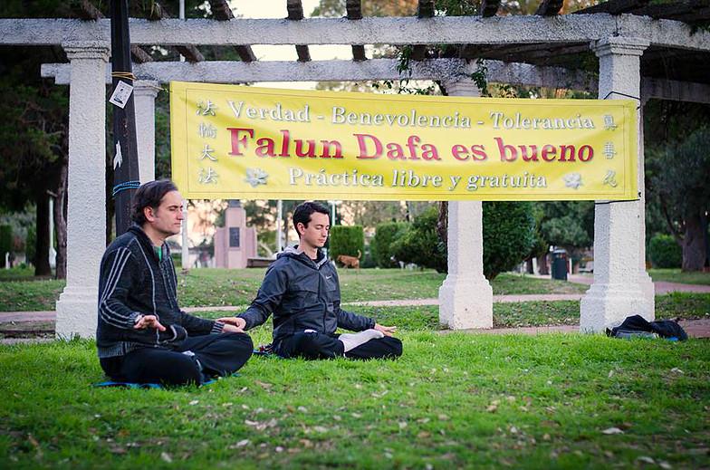 Falun_Dafa_en_Argentina