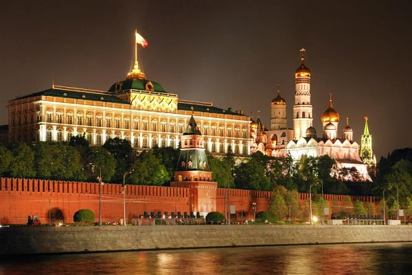 Kremlin-de-Moscu_600