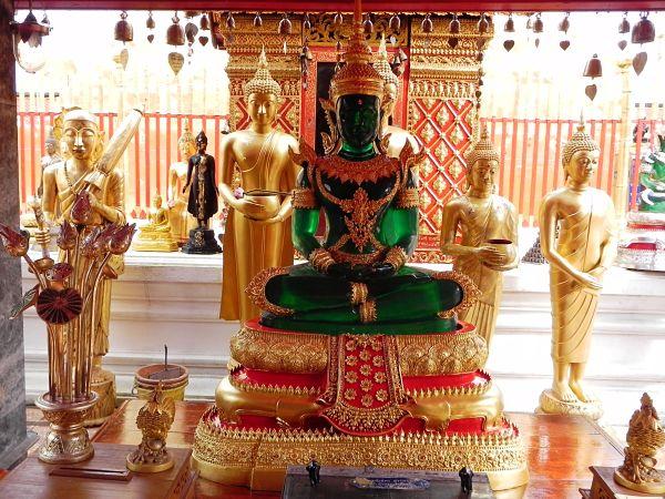 Templo_del_Buda_de_Esmeralda_Bangkok_600