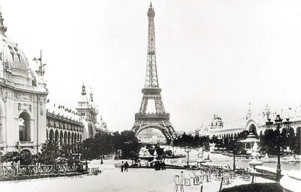 Torre_Eiffel_600