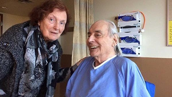 ancianos_62 años juntos