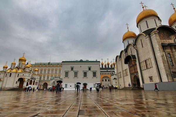 kremlin-de-moscu-plaza_de_las_catedrales_600