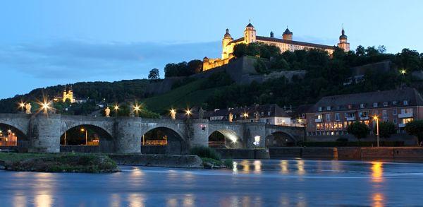 pevnost-s-mostem_Wurzburg_600