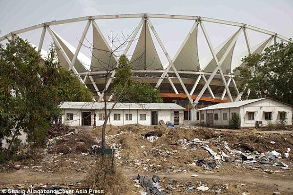 sedes-olimpicas-abandonadas-delhi 2010 commonwealth 1jpg_opt