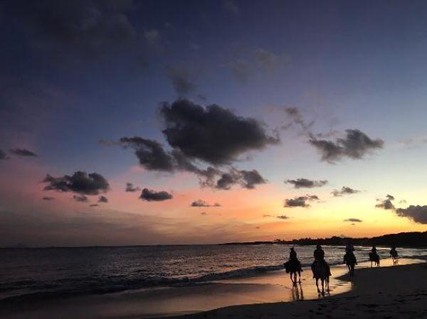 sunset-ride_anguilla_600
