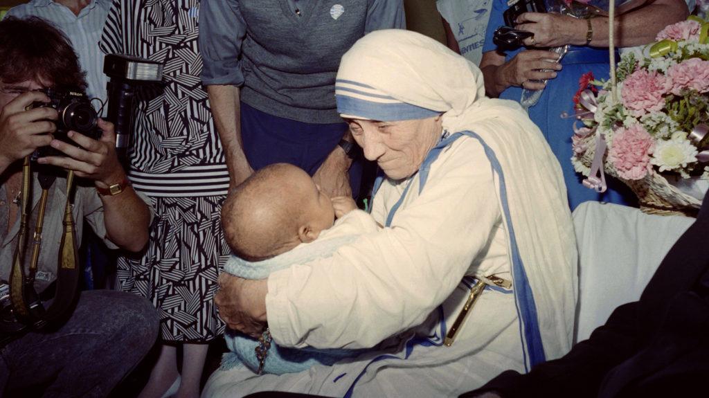 santificacion madre teresa