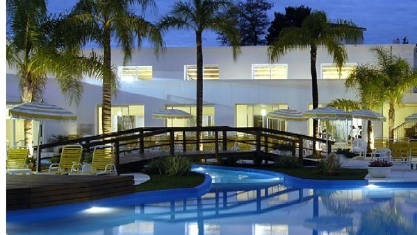 Hotel Los Pinos Rio Hondo