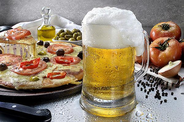 pizza y cerveza_opt