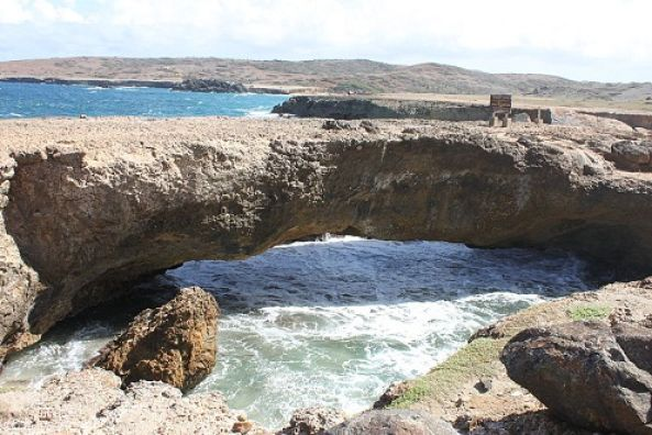cuevas-en-arikok_Aruba_Caribe_600