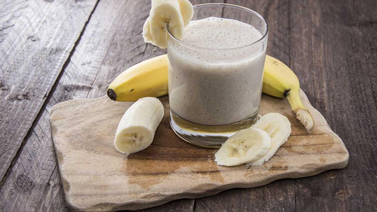 como hacer licuado de frutas sin leche