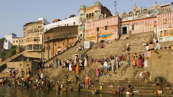 Varanasi, India -600