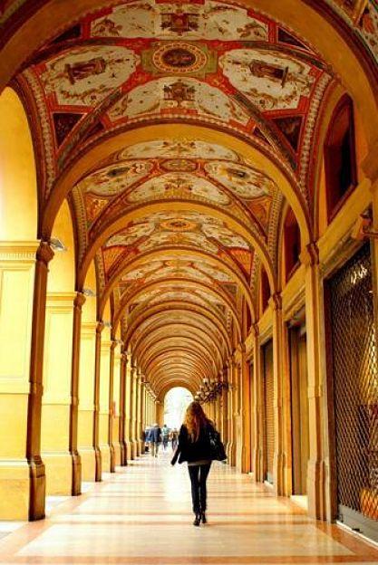 pretty-bologna-portico_500