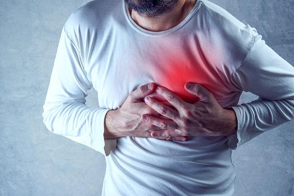 problemas-cardiovasculares-ataque-cardiaco_600